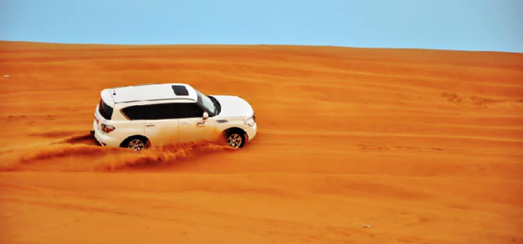 Desert safari fun experience in Dubai