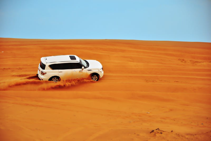 Gratifying Desert safari fun experience in Dubai