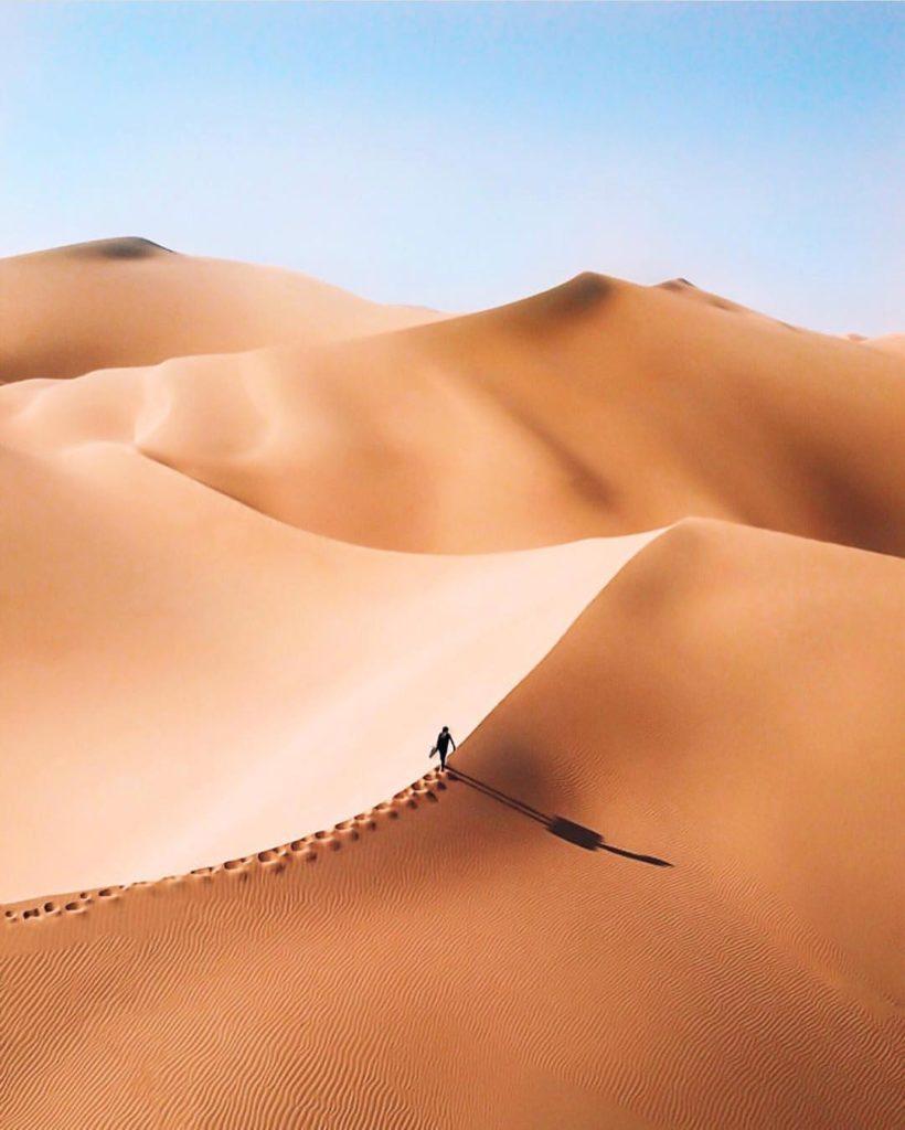 LETS VISIT DUBAI FOR A DESERT SAFARI TOUR